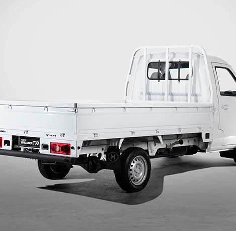Las dimensiones del pickup son 2.92 mts de largo, 1.645 mts de ancho y 37 cms de alto.